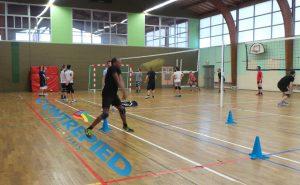 Le Foyer des sports accueille des stages volley-ball à Notre dame de Gravenchon